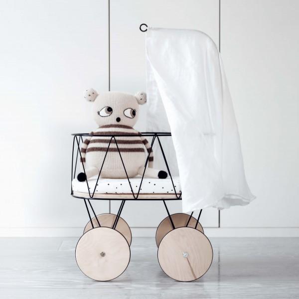 ooh noo - Set: Puppenbett mit Himmel und Bettwäsche