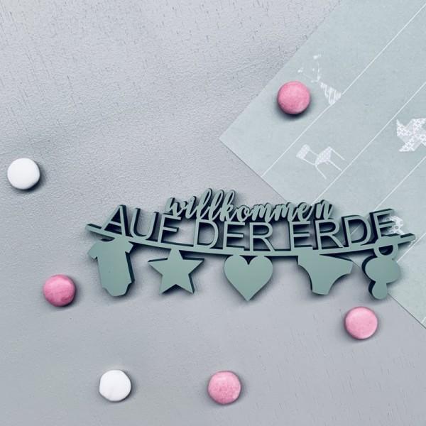 """Nogallery - 3D-Schriftzug Wimpelkette """"Willkommen auf der Erde"""""""