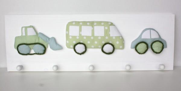 Garderobe Fahrzeuge grün