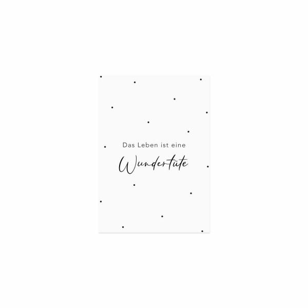 """Eulenschnitt - Postkarte """"Das Leben ist eine Wundertüte"""""""