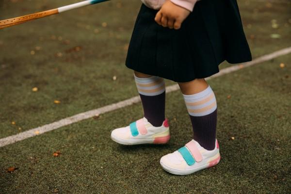 "Mama's Feet - ""Back to Old School"" Kniestrümpfe - aubergine"