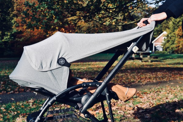 "cloby - UV-Sonnenschutz-Tuch ""grau"" - 95 x 73 cm"