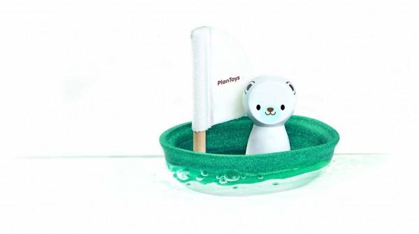 PlanToys - Badespielzeug Segelboot mit Eisbär